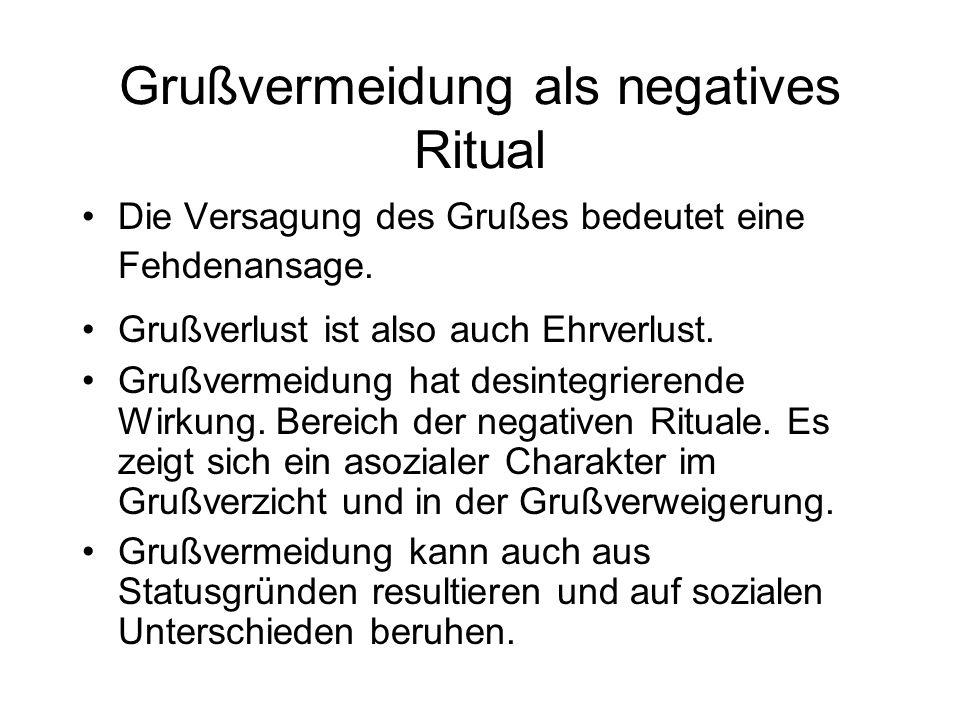 gruoz = Regulative, Spannungen zweier nebeneinander existierenden, nicht übersichtlich geordneten Gruppen zu vermindern bzw. Ein Signal des Wunsches n