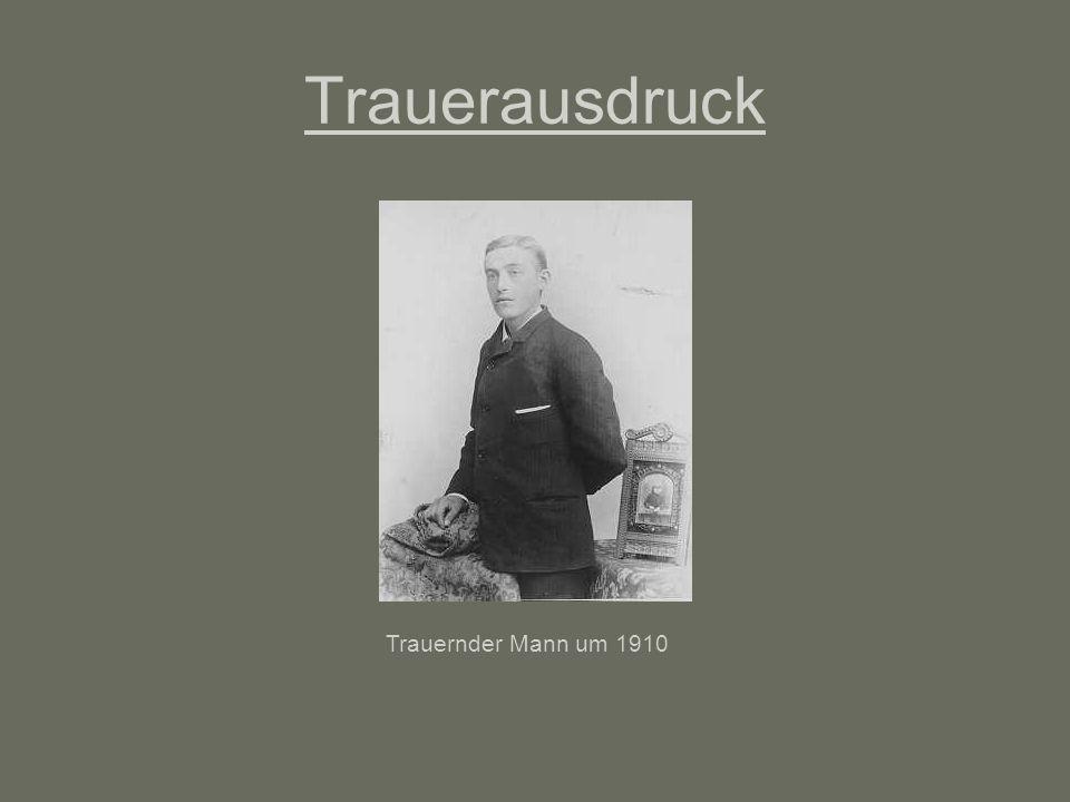 Trauerausdruck Trauernder Mann um 1910