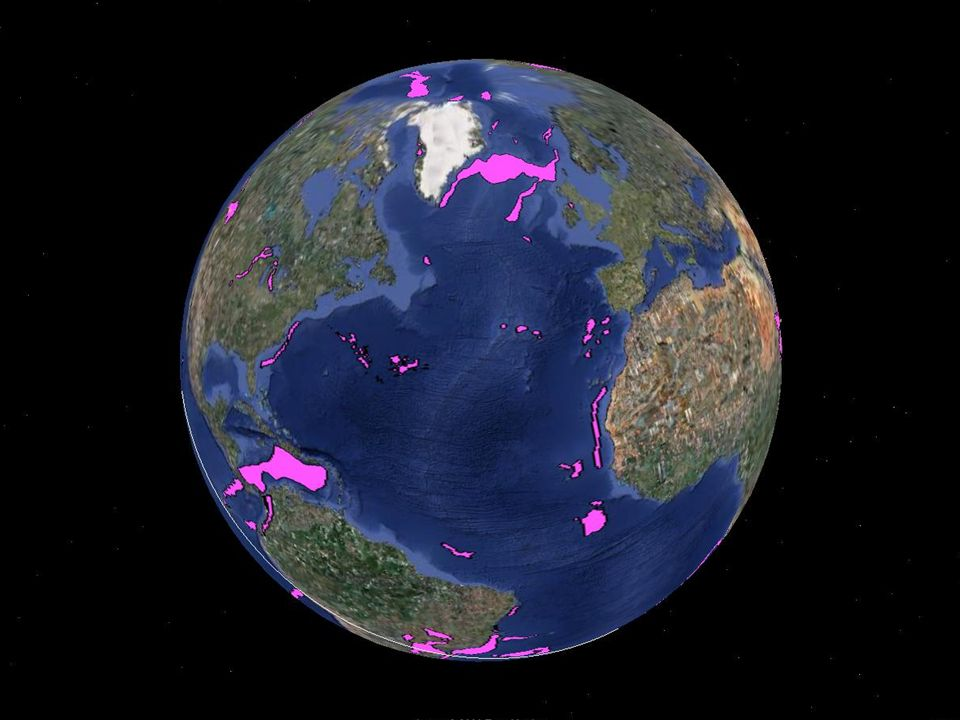 Columbia River Basalt 16 Ma (Early Miocene) LIP´s of the World Continental Flood Basalts Trap Deccan traps 65 Ma (Late Cretaceous) Siberian traps 250 Ma (Late Permian) Emeishan traps 258 Ma (Late Permian) Viluy traps 360 Ma (Late Devonian) Parana and Etendeka traps, 132 Ma (Early Cretaceous) Karoo and Ferrar traps, 184 Ma (Mid Jurassic) Madagascar traps, ~ 90 Ma (Mid Cretaceous) Ethiopian and Yemen traps, 30 Ma (Oligocene) North Atlantic Tertiary Volcanic Province, 55 & 60 Ma (Paleocene)