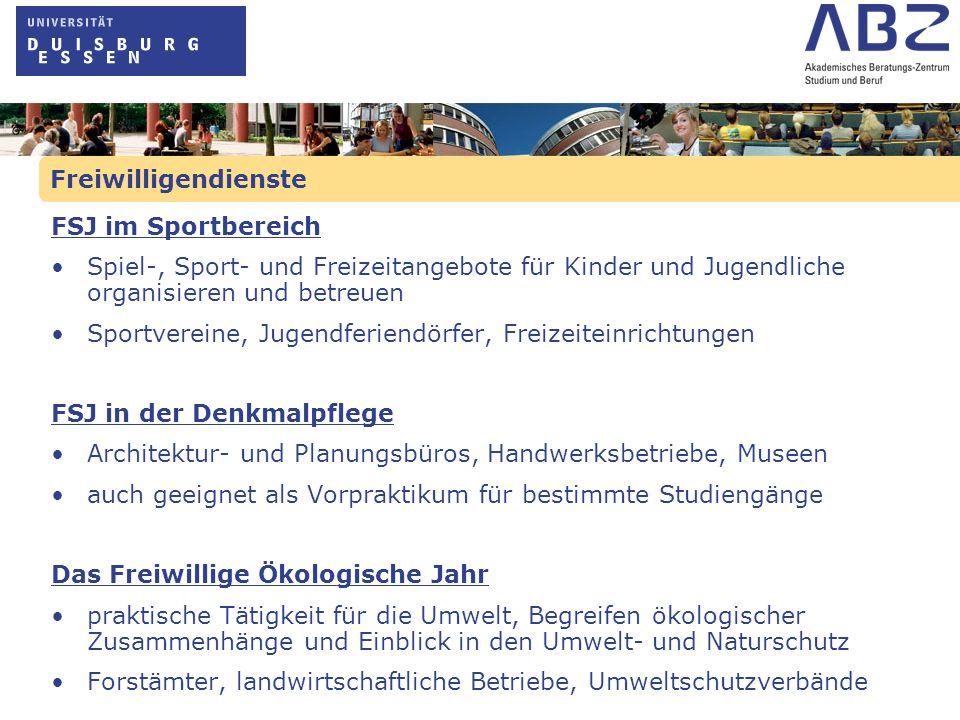 Freiwilligendienste FSJ/FÖJ im Ausland: Träger muss staatlich anerkannt sein und Sitz in Deutschlandhaben gleiche Rahmenbedingungen wie FSJ/FÖJ im Inland Europäischer Freiwilligendienst für junge Menschen (EFD) Teil des Aktionsprogramm JUGEND der EU Vermittlung von Freiwilligen in soziale Projekte in der EU Internationale Freiwilligendienste Freiwilligendienst-Projekt Weltwärts Freiwilligendienste im außereuropäischen Ausland Projekte der deutschen Entwicklungszusammenarbeit