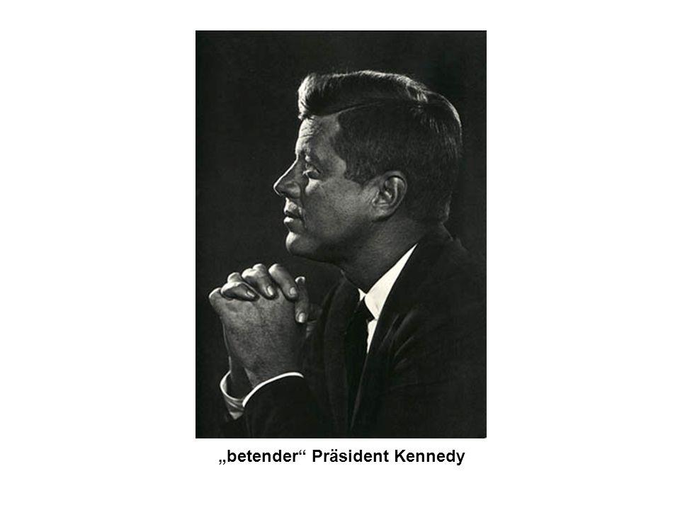 betender Präsident Kennedy