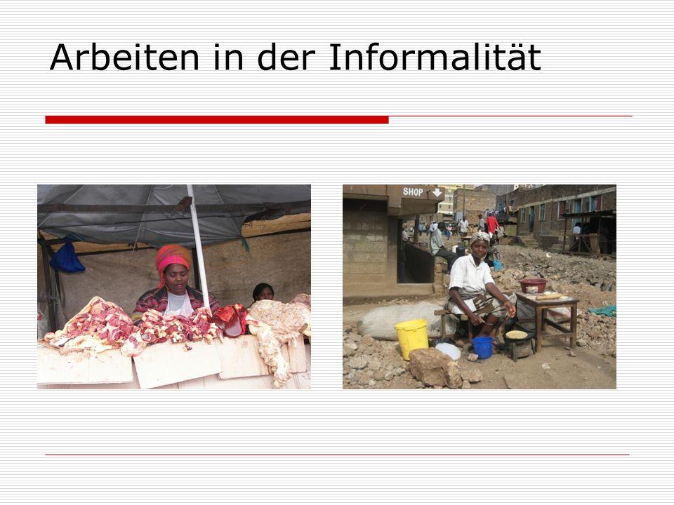 Ausstattung der Gebiete illegal/ informell, daher keine Planung keine Verwaltung keine Infrastruktur (Straße, Trinkwasser, Abwasser, Müll, Elektrizität, Sicherheit) keine Anbindung Keine Gesundheits- /Bildungsversorgung Kein Schutz vor Abriss