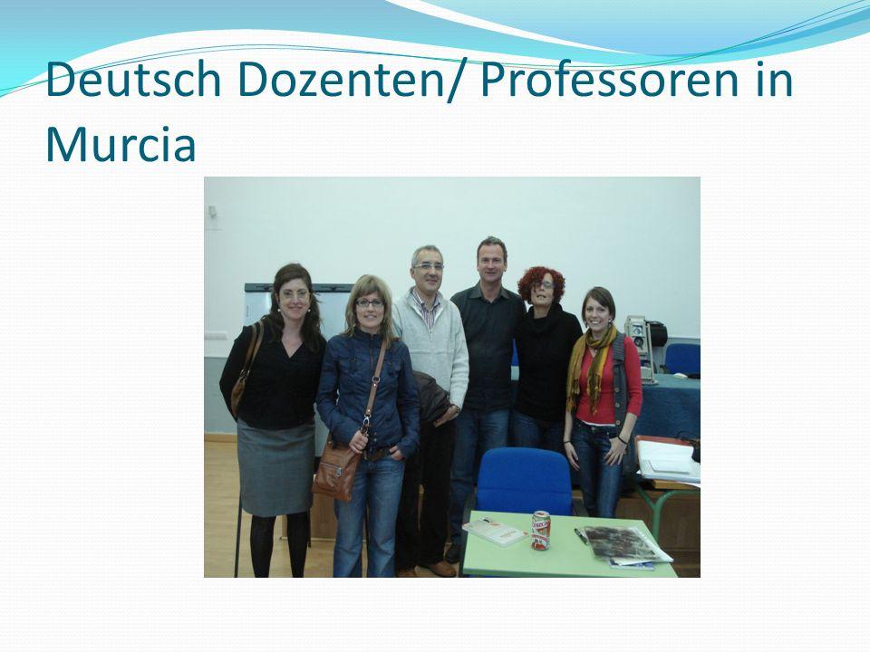 Zwei Institutionen Universidad de Murcia (La Merced) Deutschkurse im SIDI (Servicio de idiomas)
