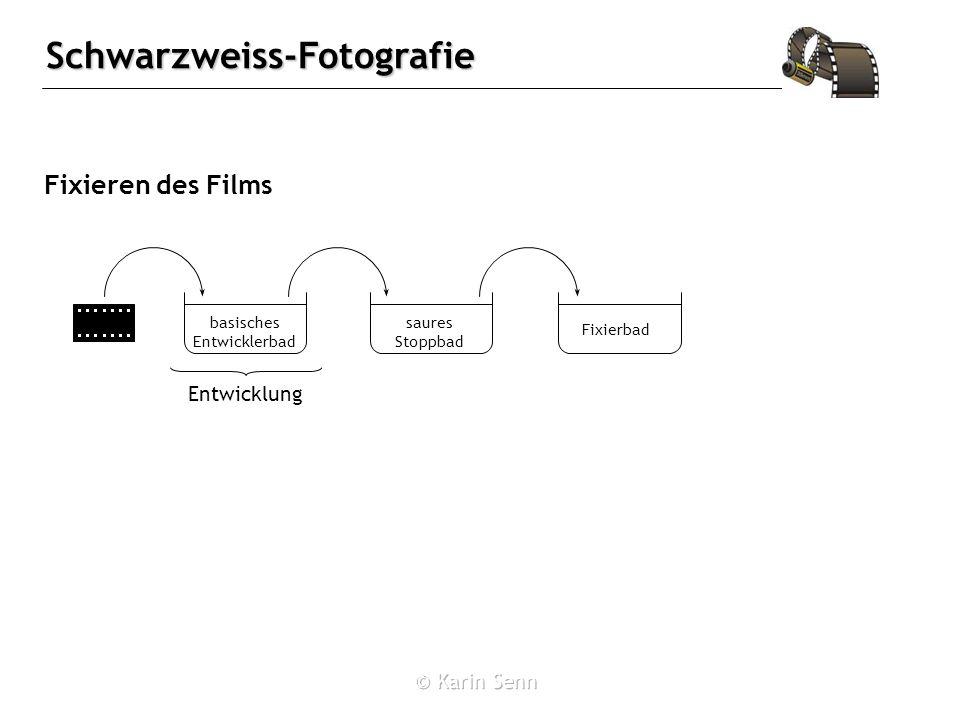 Schwarzweiss-Fotografie Fixieren des Films basisches Entwicklerbad saures Stoppbad Fixierbad Entwicklung