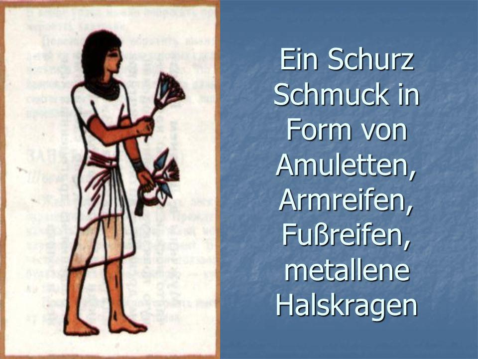 Ein Schurz Schmuck in Form von Amuletten, Armreifen, Fußreifen, metallene Halskragen
