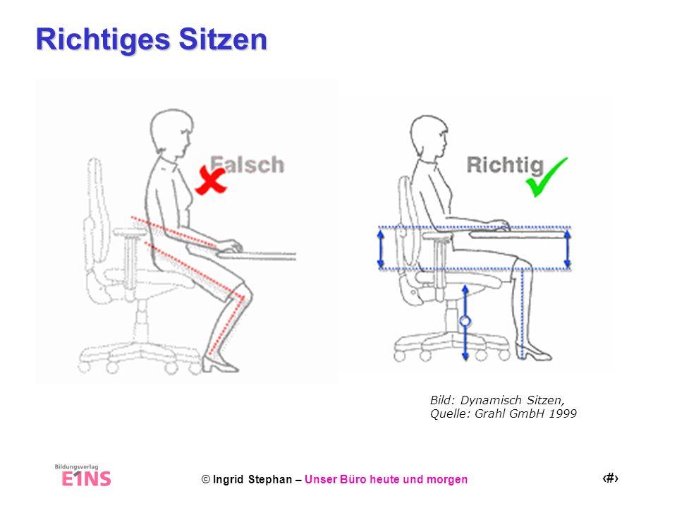 © Ingrid Stephan – Unser Büro heute und morgen 19 Aktiv Sitzen Schultern nach vorne fallen lassen dabei die Daumen nach innen drehen – ausamten 3 Quelle: VBG Gymnastik im Büro