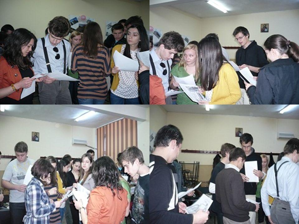 4.Gruppenarbeit Die Schüler hören, wie die Autorin das erste Kapitel ihres Romans vorliest.