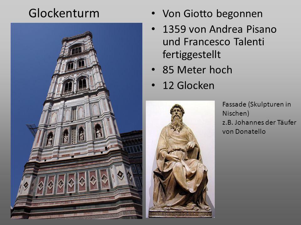 Glockenturm Von Giotto begonnen 1359 von Andrea Pisano und Francesco Talenti fertiggestellt 85 Meter hoch 12 Glocken Fassade (Skulpturen in Nischen) z
