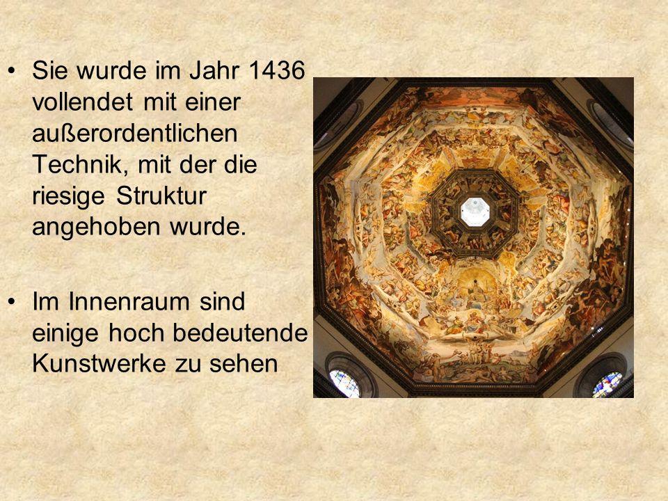 Giottos Glockenturm Im Jahr 1334 entwarf Giotto ihn, aber er verstarb bereits drei Jahre später.