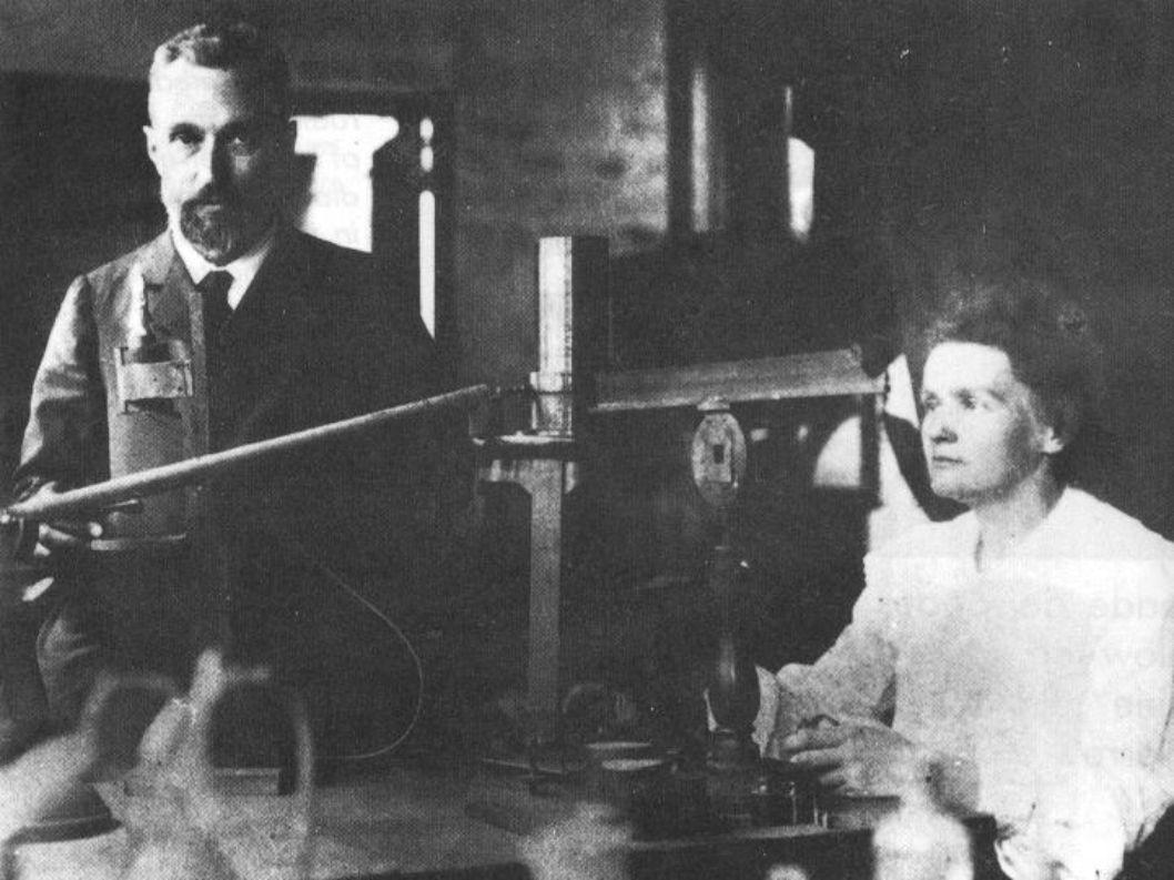 Entdeckung der Radioaktivität 1896: Becquerel widmet sich durch gewecktes Interesse den Uransalzen Leuchten wie Licht.