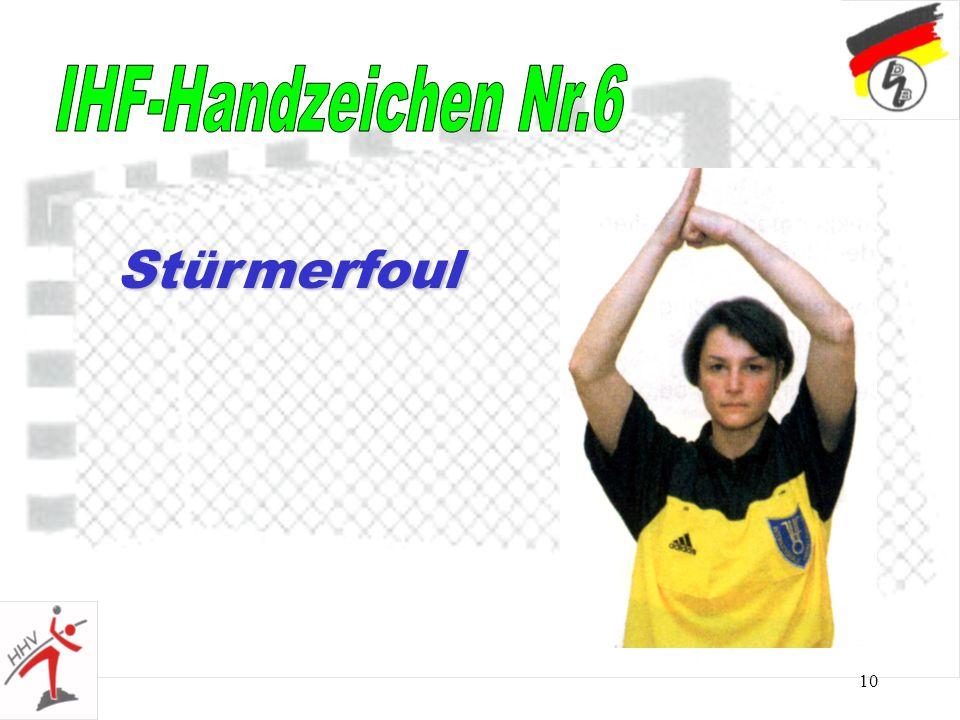 10 Stürmerfoul
