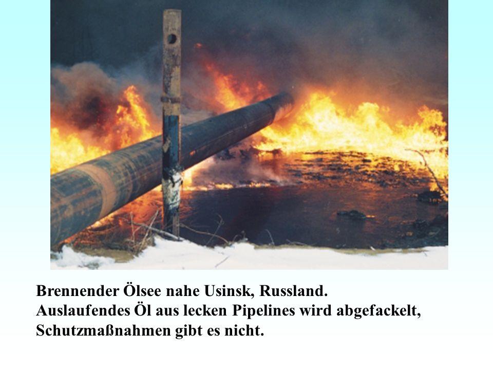 Brennender Ölsee nahe Usinsk, Russland.