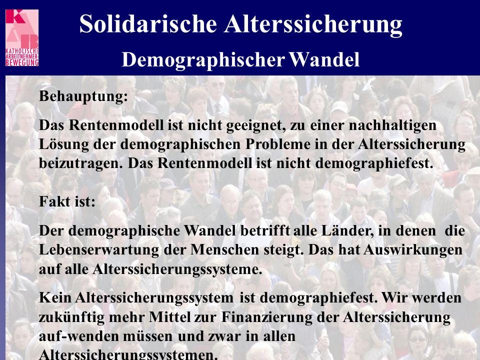Deutschlands Alterssicherungssystem befindet sich in einem politisch ini- tiierten Umgestaltungsprozess.
