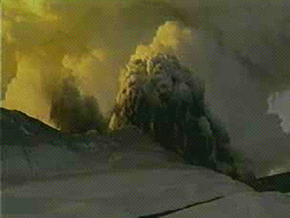 Wechselwirkungen zwischen aufsteigendem Magma und oberflächennahen wasserführenden Schichten.