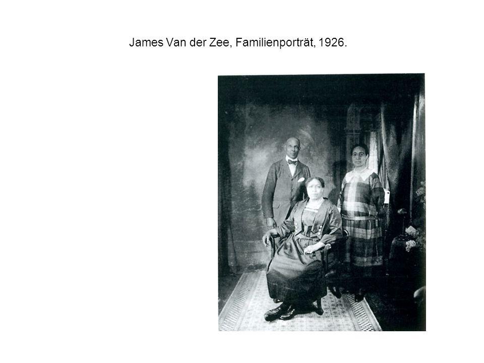 James Van der Zee, Familienporträt, 1926.
