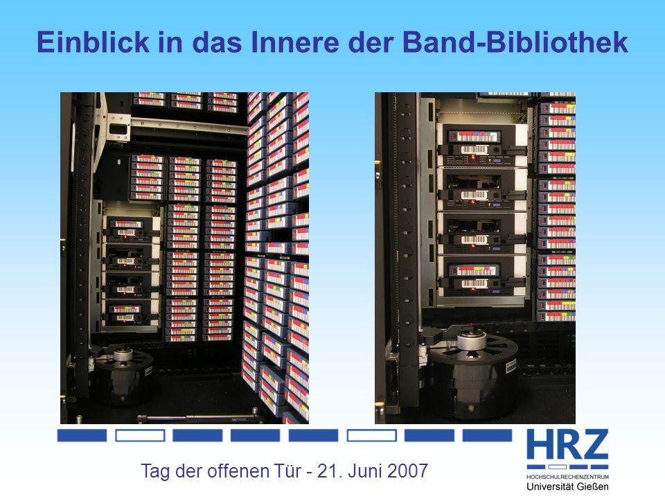 Tag der offenen Tür - 21. Juni 2007 Einblick in das Innere der Band-Bibliothek