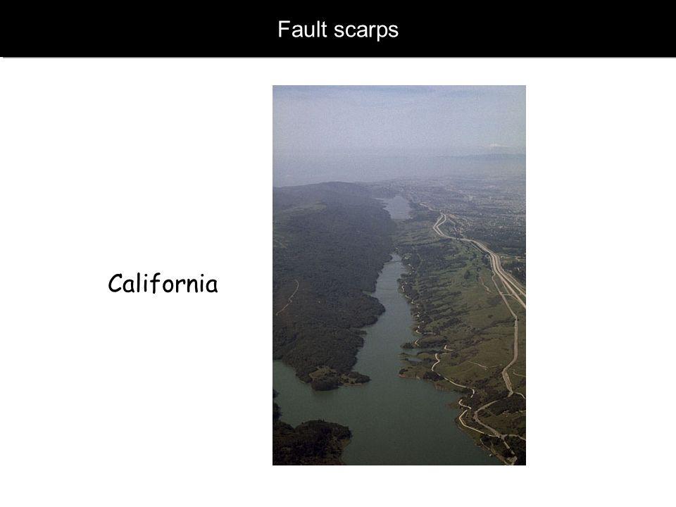 www.geophysik.uni-muenchen.de -> Studium -> VorlesungenSeismology - Slide 34 Verwerfung – Fault scarps