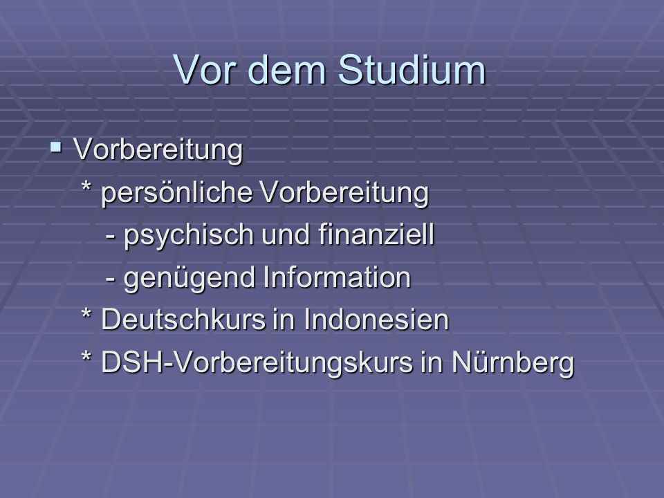 Vor dem Studium Formaler Prozess Formaler Prozess (Bewerbung, Zulassung, Einschreibung....) (Bewerbung, Zulassung, Einschreibung....) http://www.uni-erfurt.de/studium/studierendenangelegenheiten/bewerbung / http://www.uni-erfurt.de/studium/studierendenangelegenheiten/bewerbung / Kontakt mit der Universität Kontakt mit der Universität * Beratung oder weitere wichtige Informationen * Beratung oder weitere wichtige Informationen z.