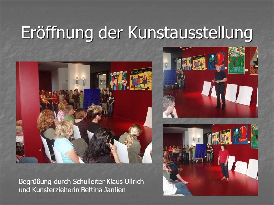 Eröffnung der Kunstausstellung Begrüßung durch Schulleiter Klaus Ullrich und Kunsterzieherin Bettina Janßen