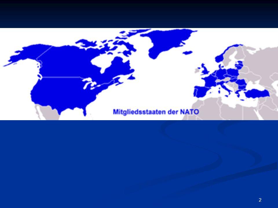 13 Brüsseler Pralinengipfel am 29.April 2003: Frankreich, Deutschland, Belgien und Luxemburg Brüsseler Pralinengipfel am 29.April 2003: Frankreich, Deutschland, Belgien und Luxemburg Symbolische Bildung von einer von den USA unabhängigen europäischen Sicherheitsgemeinschaft Symbolische Bildung von einer von den USA unabhängigen europäischen Sicherheitsgemeinschaft Jedoch praktiziert Deutschland in Afghanistan auch bewusst ein burden sharing mit den USA, um die Kontroversen über den Irak einzudämmen und das transatlantische Verhältnis zu pflegen Jedoch praktiziert Deutschland in Afghanistan auch bewusst ein burden sharing mit den USA, um die Kontroversen über den Irak einzudämmen und das transatlantische Verhältnis zu pflegen