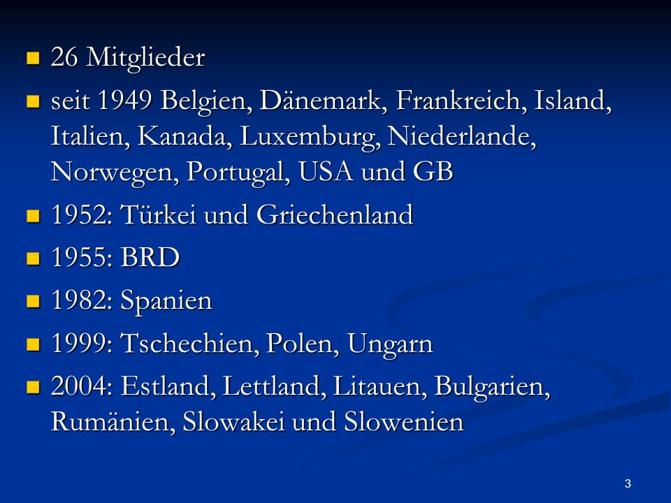 4 sowohl militärische als auch zivile Verwaltungsstrukturen sowohl militärische als auch zivile Verwaltungsstrukturen Sitz des Nordatlantikrats, Hauptorgan der NATO, ist seit 1967 in Brüssel Sitz des Nordatlantikrats, Hauptorgan der NATO, ist seit 1967 in Brüssel operativen Oberbefehl hat Supreme Allied Commander Europe, der immer ein US- amerikanischer General oder Admiral ist operativen Oberbefehl hat Supreme Allied Commander Europe, der immer ein US- amerikanischer General oder Admiral ist Leitung über die NATO hat der NATO- Generalsekretär Leitung über die NATO hat der NATO- Generalsekretär