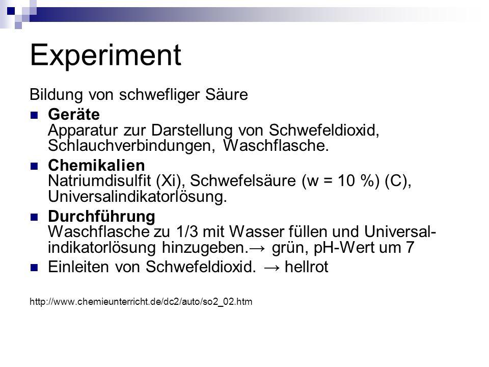 Experiment Bildung von schwefliger Säure Geräte Apparatur zur Darstellung von Schwefeldioxid, Schlauchverbindungen, Waschflasche. Chemikalien Natriumd