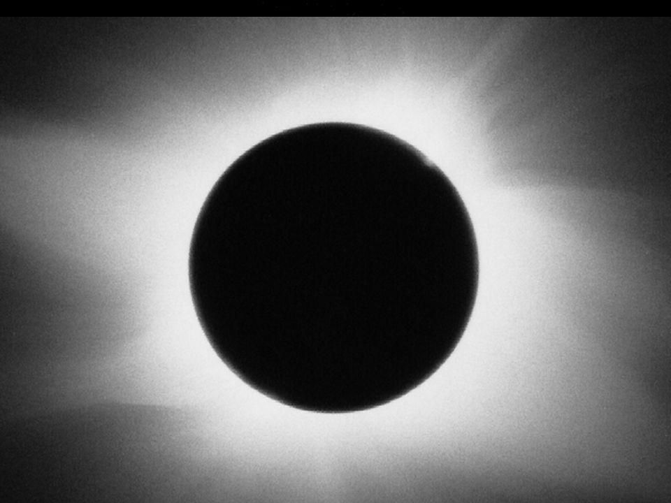 6 Kernfusion: Energiequelle der Sonne Atome: Kern und Elektronenhülle Kern: Protonen und Neutronen Protonen: positiv geladen Neutronen: ungeladen Elek