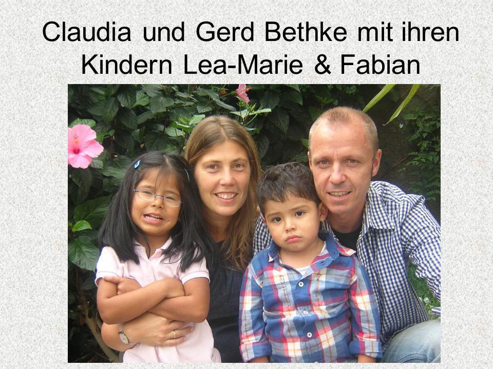 Claudia und Gerd Bethke mit ihren Kindern Lea-Marie & Fabian
