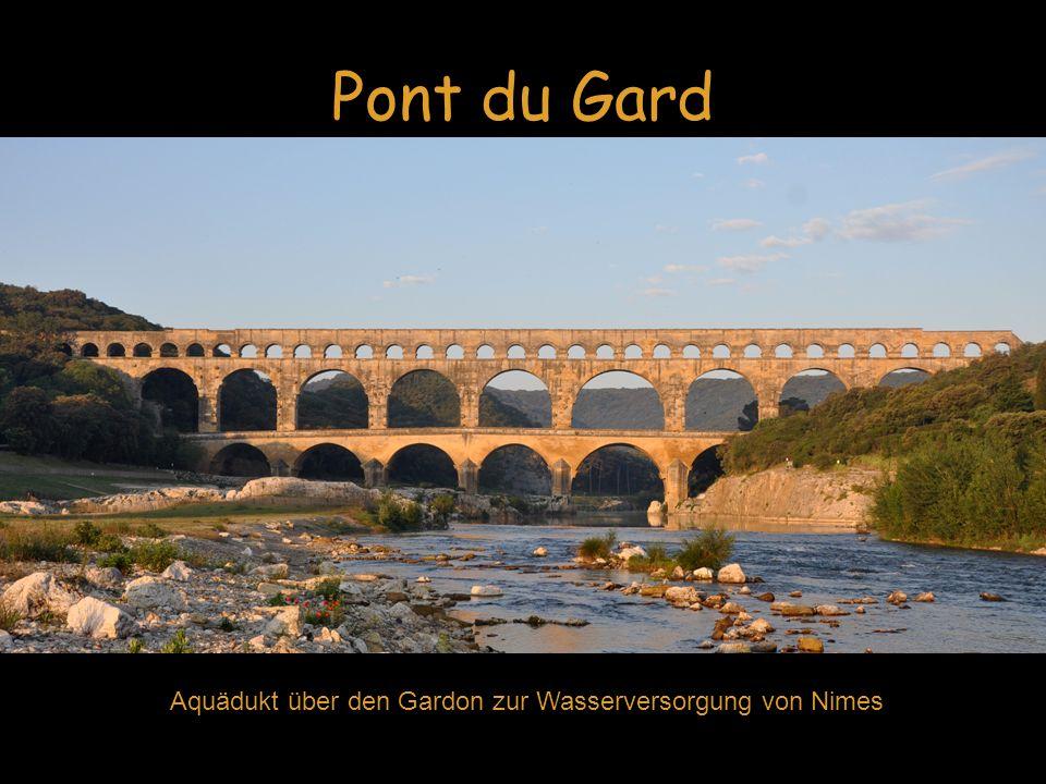 Pont du Gard Aquädukt über den Gardon zur Wasserversorgung von Nimes Pont du Gard