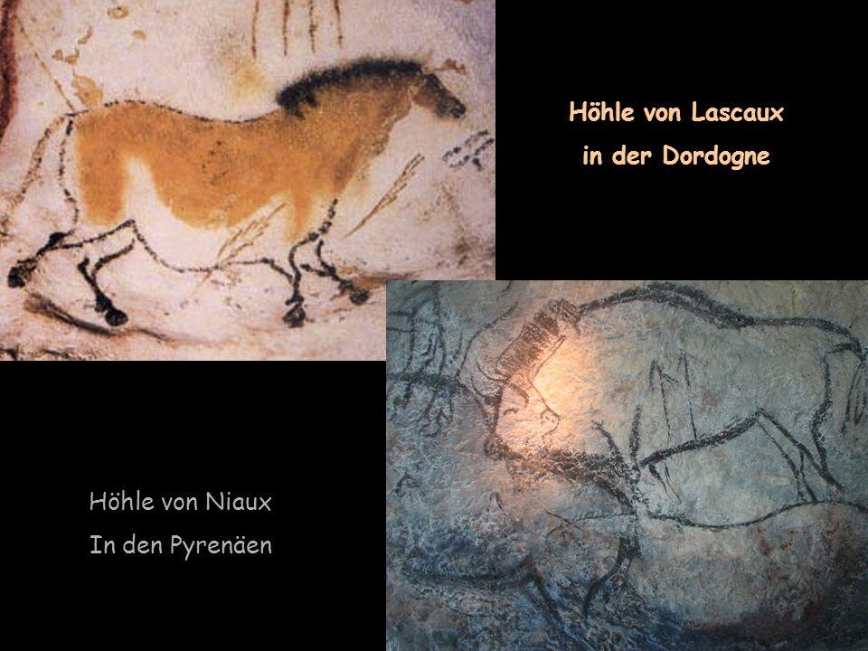 Höhle von Lascaux in der Dordogne Höhle von Niaux In den Pyrenäen