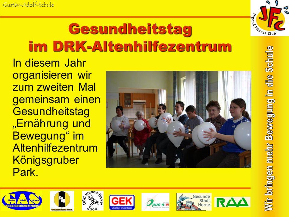 Gustav-Adolf-Schule Aktionstag in einer Schule für Geistigbehinderte Im Juli 2003 wurde ein gemeinsames Fitness- Training an der Robert- Brauner-Schul