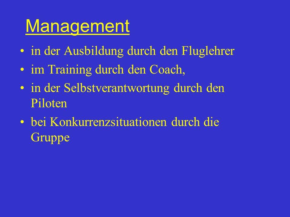 Management Unterschied Belastung /Beanspruchung Belastung ist ein objektives Einwirken, Beanspruchung subjektive Auswirkung der Belastung auf den Organismus / das Verhalten.