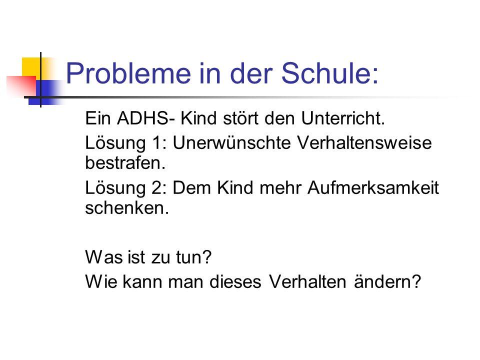 Probleme in der Schule: Ein ADHS- Kind stört den Unterricht.