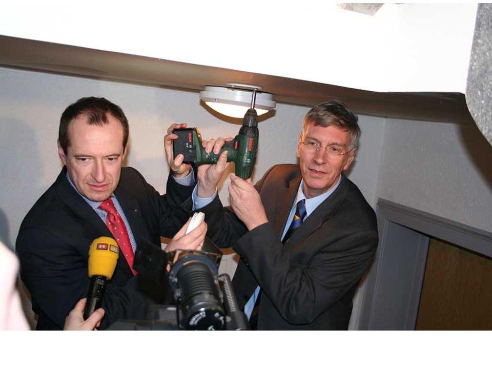 Innenminister Dr. Ingo Wolf …ich möchte an dieser Stelle aus aktuellem Anlass ganz besonders das mir sehr am Herzen liegende Thema der Rauchwarnmelder