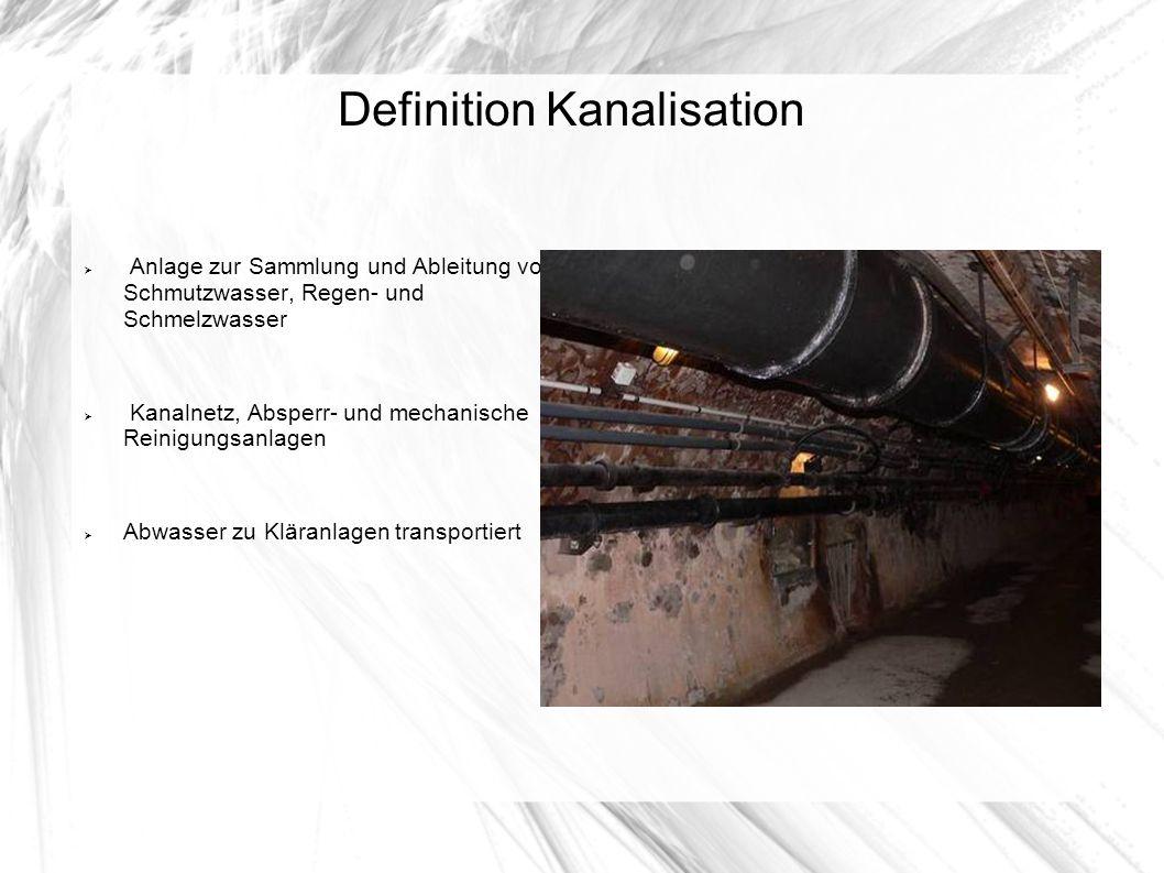 Entwässerungssysteme In Deutschland werden bis heute etwa 60 % der Siedlungsgebiete aller Einwohner mit der Mischkanalisation entwässert Beim Neubau wird vor allem in Wohngebieten meistens die Trennkanalisation verwandt Wandel der Entwässerungskonzeption Von der ableitungsorientierten Sicht und im Sinne einer wirtschaftlichen und ökologischen Sichtweise gewinnt die dezentrale Regenwasserversickerung vor Ort zunehmend an Bedeutung