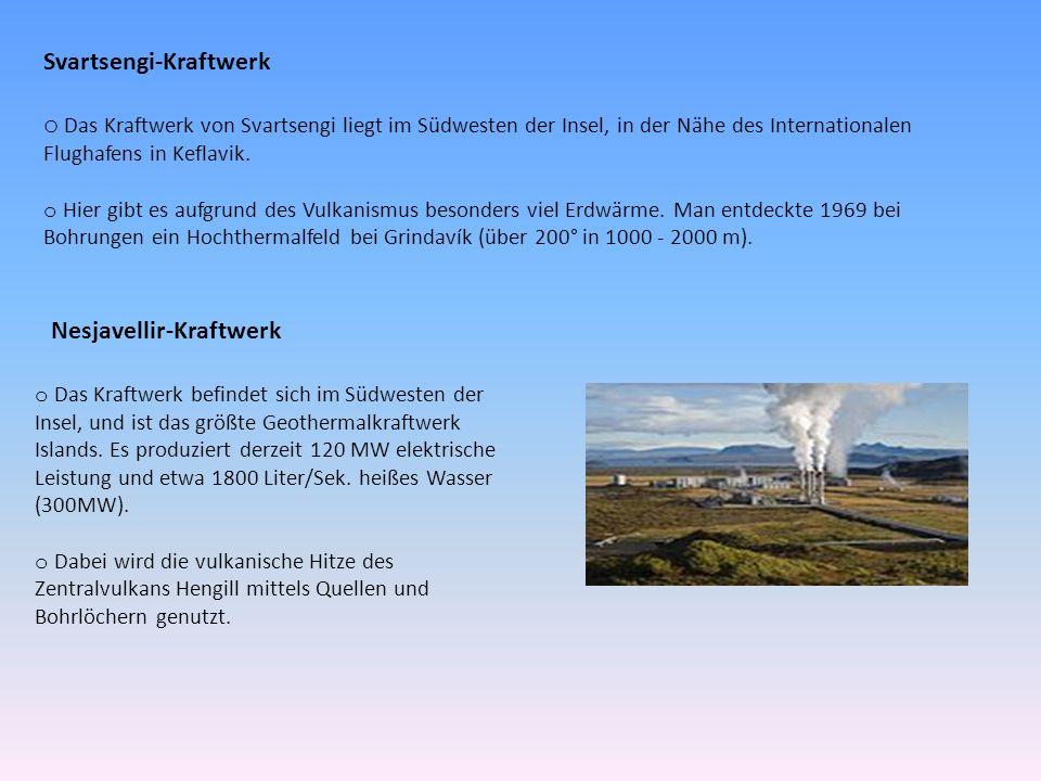Svartsengi-Kraftwerk o Das Kraftwerk von Svartsengi liegt im Südwesten der Insel, in der Nähe des Internationalen Flughafens in Keflavik.