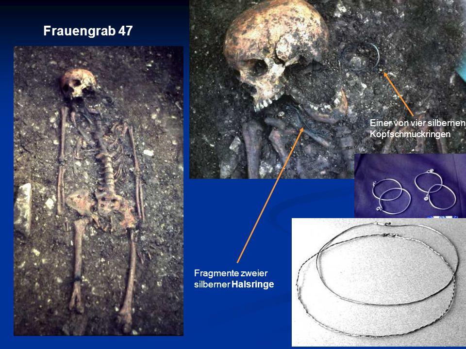 Fragmente zweier silberner Halsringe Frauengrab 47 Einer von vier silbernen Kopfschmuckringen