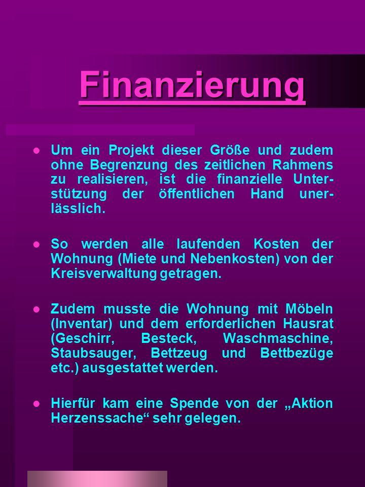 Finanzierung Finanzierung Um ein Projekt dieser Größe und zudem ohne Begrenzung des zeitlichen Rahmens zu realisieren, ist die finanzielle Unter- stützung der öffentlichen Hand uner- lässlich.