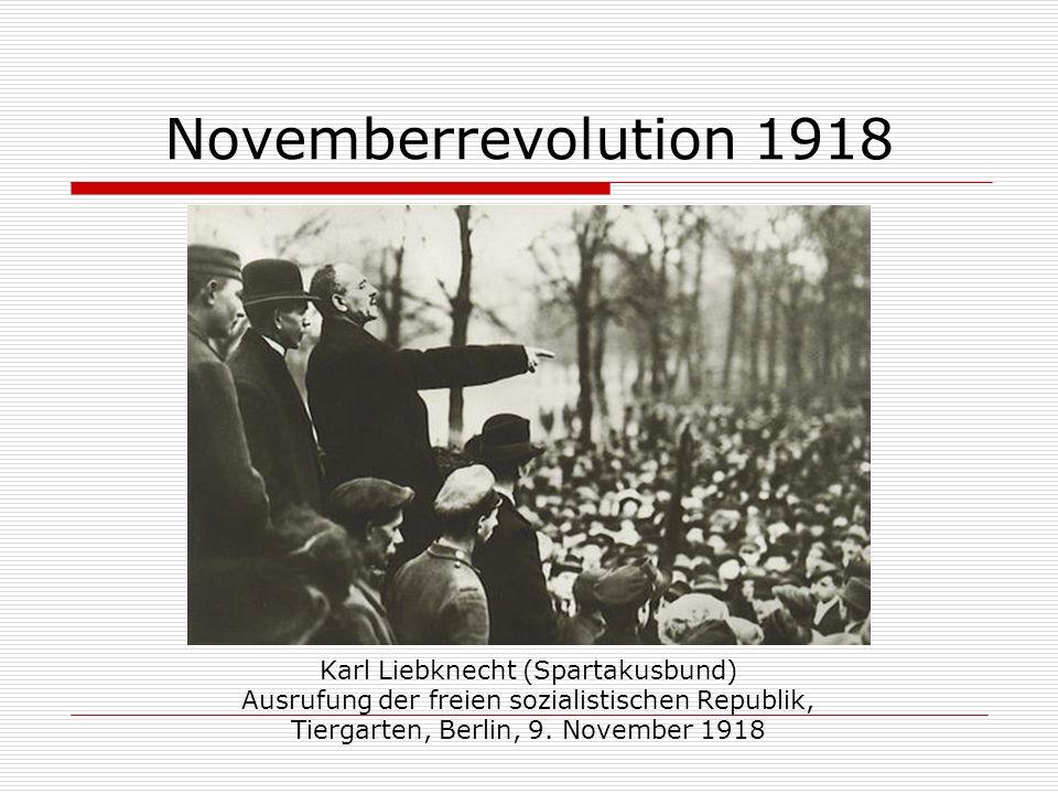 Novemberrevolution 1918 Karl Liebknecht (Spartakusbund) Ausrufung der freien sozialistischen Republik, Tiergarten, Berlin, 9. November 1918