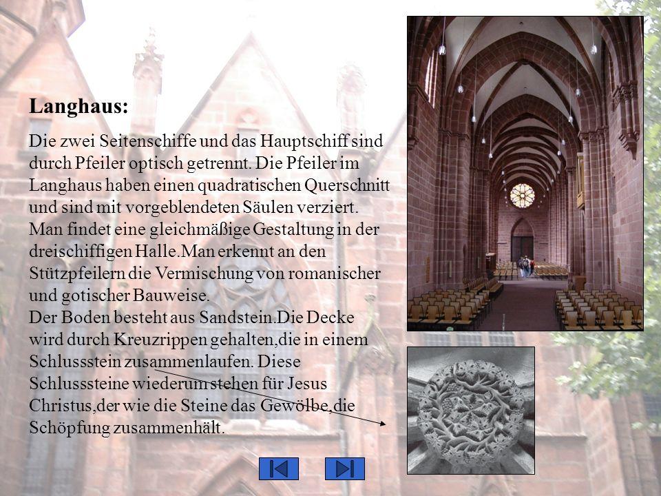 Orgel: Eine neue fein verarbeitete Orgel wurde 1968 im Raum an der Ostseite des nördlichen Seitenschiffes angebracht.
