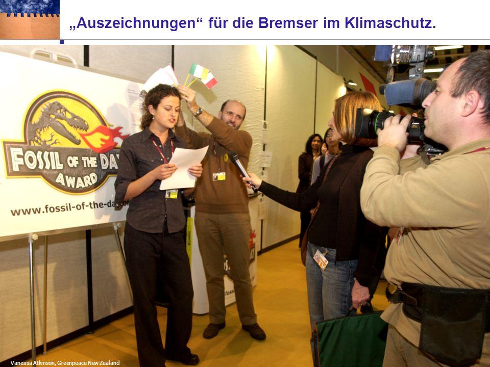 Die Akteure an den Klimaverhandlungen Medien IGOs Zwischenstaatliche Organisationen IPCC WorldBank Die 3 Riesen: Umwelt-NGOs Die Beobachter: Die Verhandler: EU- 15 Umwelt- integritäts- gruppe Umbrella OPE C Entwicklungsländer: Kl.