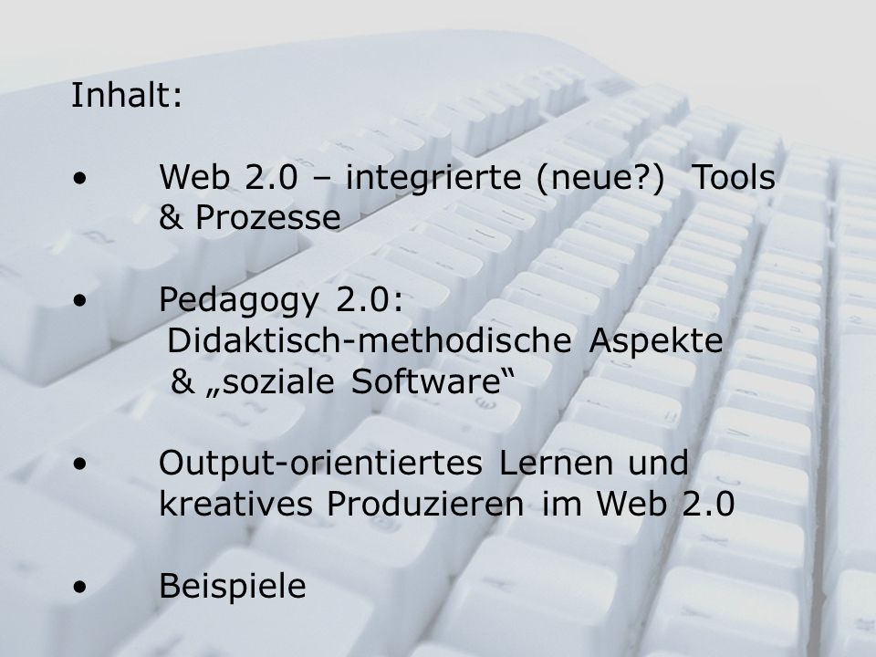 Partizipatorisches Lernen Social software and participatory learning: Pedagogical choices with technology affordances in the Web 2.0 era (McLoughlin & Lee: 2007)
