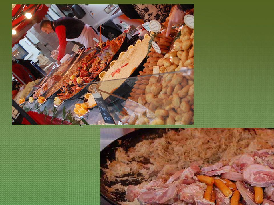{ Auf dem Markt in St. Marcellin