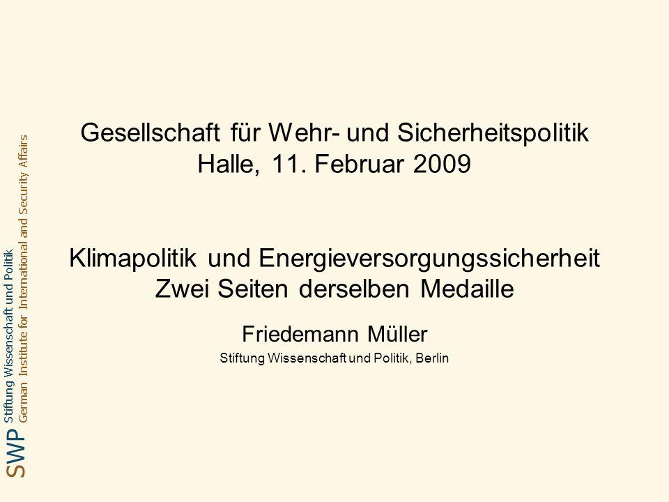 Stiftung Wissenschaft und Politik Deutsches Institut für Internationale Politik und Sicherheit SWP Friedemann Müller Halle, 11.02.2009 12 Erdgas Pipelines zur Versorgung Europas