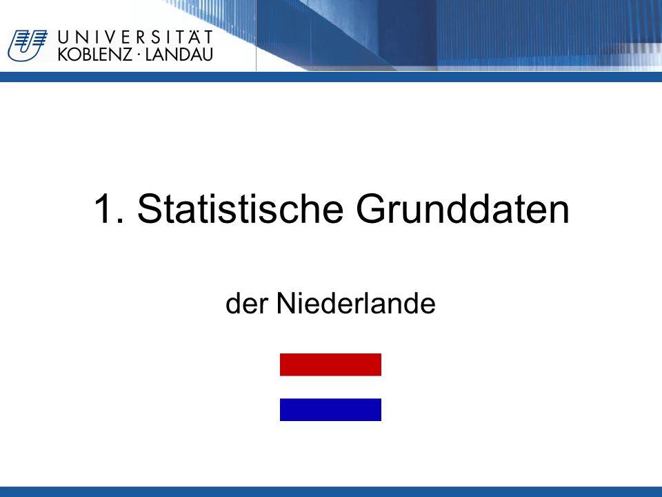 Gesundheitspolitik im europäischen Vergleich - Niederlande4 Bevölkerung Einwohner: 16,57 Millionen - jünger als 15 Jahre: 18,3% - älter als 65 Jahre: 14,5 % Fläche: 41.500 km²/ Einwohner/ km²: 485 Lebenserwartung bei Geburt (2007): Männer: 77,1 Jahre Frauen: 81,3 Jahre Lebenserwartung mit 65 (2004): Männer: 16,39 Frauen: 20,4 Sterbeziffer je 1000: 8,4 Anteil Sek.