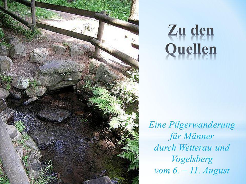 * Nach vielen Kilometern mit Gesprächen, Impulsen und Schweigen ist der Pilgerweg an seinen beiden Zielen angekommen: Dem höchsten Punkt am Taufstein und der Niddaquelle.