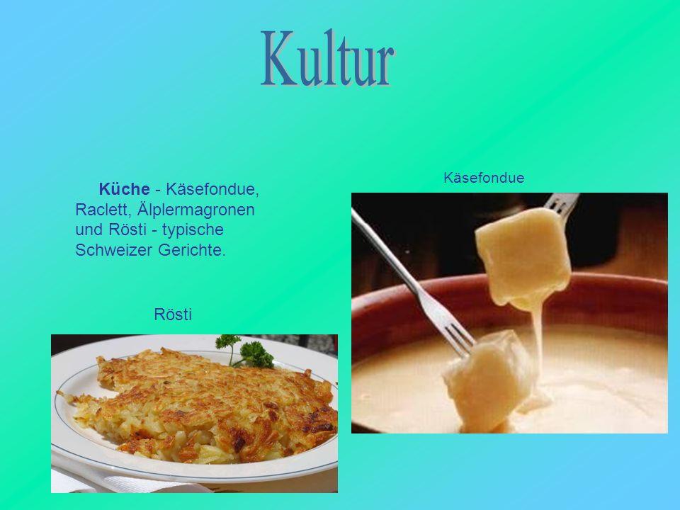 Küche - Käsefondue, Raclett, Älplermagronen und Rösti - typische Schweizer Gerichte. Käsefondue Rösti