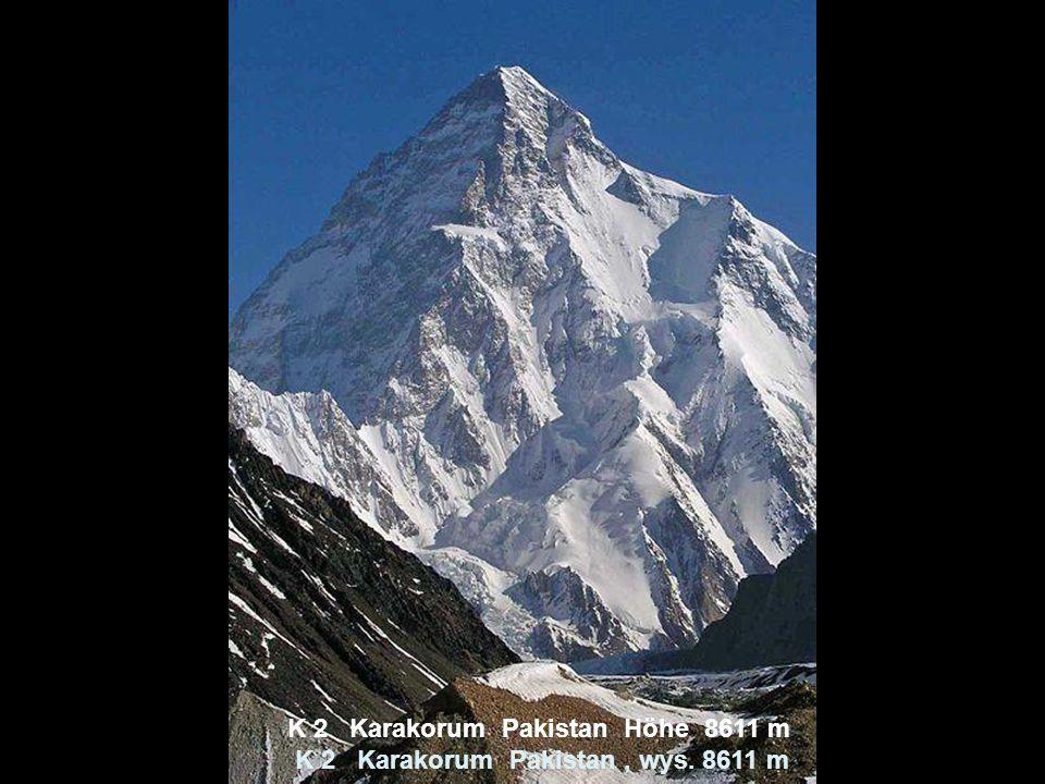 Pik Kommunismus Pamir Tadschikistan Höhe 7495 m Szczyt Ismaila Samaniego, Pamir Tadzykistan, wys.7495 m, w latach 1932-1962 nosił nazwę Pik Stalina, a