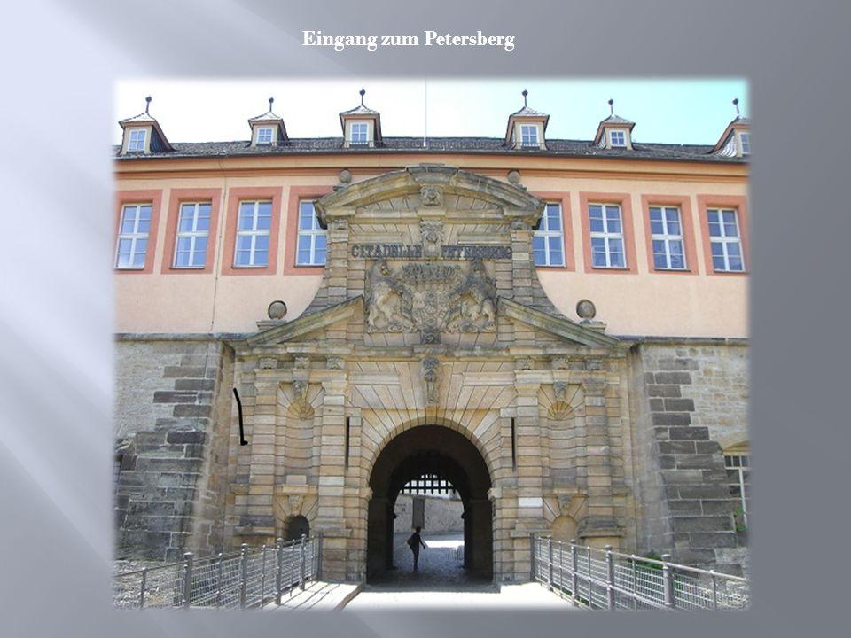 Eingang zum Petersberg
