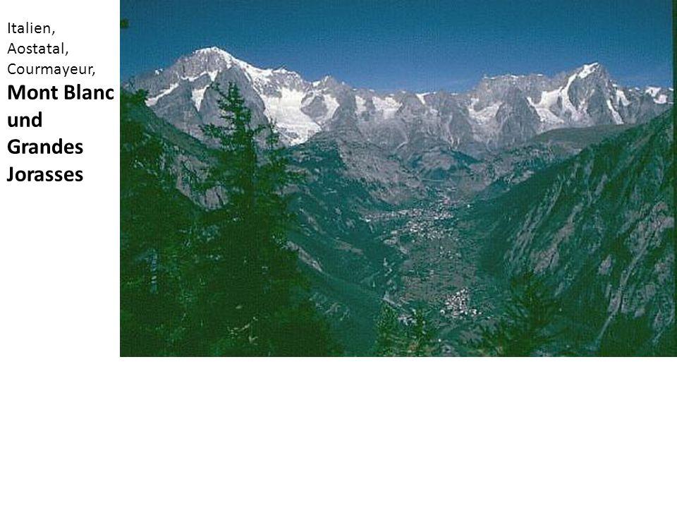 Italien, Aostatal, Courmayeur, Mont Blanc und Grandes Jorasses